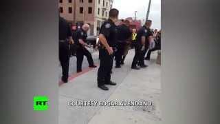 USA: Wie viele Polizisten braucht es für die Verhaftung eines Halbwüchsigen?