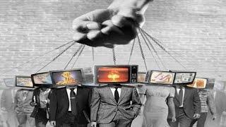 Wie manipuliert bin ich?  Vortrag von Prof. Dr. Daniele Ganser Friedensforscher und Militärhistorike