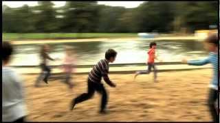 Friedlich in die Katastrophe - Trailer