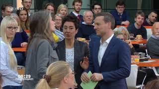 Zwischenfall beim ZDF Morgenmagazin 13.3.2019 - Frau schubst Moderatorin Dunja Hayali weg