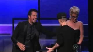 Jenny McCarthy's bedrängt und schockiert Justin Bieber