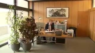"""Ab Minute 1.28 hört gut zu und bitte TEILEN:""""Organisierter KINDERHANDEL, Wahlen werden GEFÄLSCHT, v"""