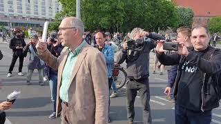 Leutnant der Reserve Spricht zur Polizei, Corona Demo Berlin 16.05.2020