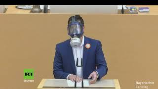 """""""Ist doch Maskenpflicht!"""" – AfD-Abgeordneter will Rede mit Vollmaske halten und wird gerügt"""
