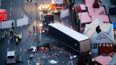 Die Wahrheit über den Anschlag vom Berliner Weihnachtsmarkt am Breitscheidplatz (mirror)