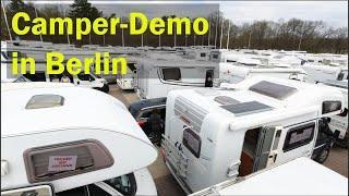 Campen mit Abstand - Demo in Berlin