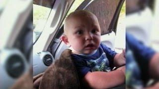 Kleinkind auf der Straße gefunden - allein -