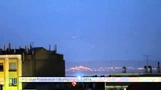 UFO riesiges Raumschiff über Frankreich Juli 2014