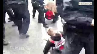 Schlägt die Berliner Polizei auf Demos auch Kinder? (INDIREKT ZENSIERT VON YOUTUBE VIA 18+ FILTER)