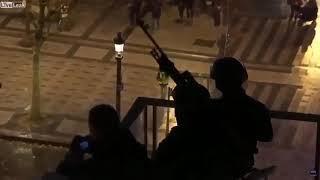 Scharfschützen auf den Dächern in Paris während der Protestaktionen der Gelbwesten