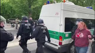 Live: 200 Verhaftungen und Menschenjagd bei Berlin Demo