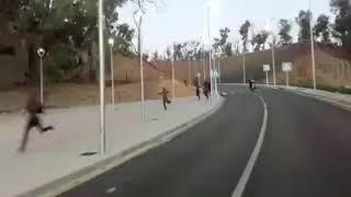 +++EILMELDUNG +++ unzählige Afrikaner durchbrechen den Spanischen Grenzzaun