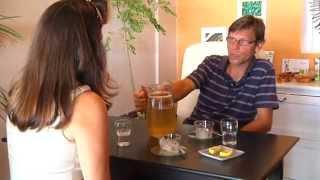 Moringa ein Engel in Pflanzengestalt 69 min. Dokumentarfilm von Alpin Film Renate Ingruber