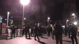 Antifa kommt zur Sven Liebich-Demo auf Marktplatz in Halle,16.11.2020,