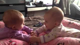 Talk-Show-Baby's