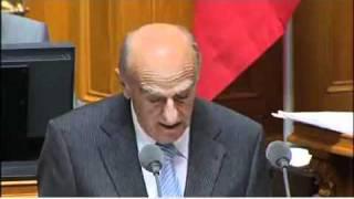 """Keine Satire !!  Lachanfall eines Schweizer Politikers im Bundesrat zum """"Bündnerfleisch"""""""